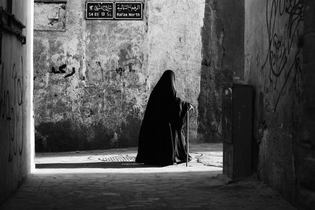 saudi_old_woman